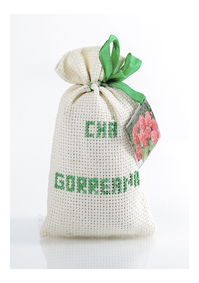 Green Tea Hysson in Embroidered Bag - Tea Bags